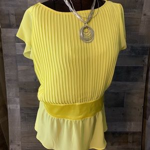 CAPACITY UNLIMITED CLOTHING WOMEN'S BLOUSE YELLOW
